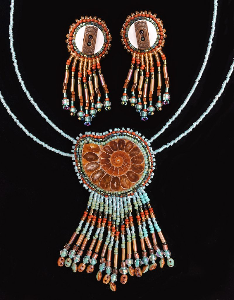 ammonite-turquoise-necklace-and-matching-earrings